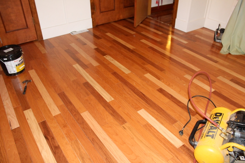 Finished Engineered Hardwood Floor with Mixed Wood Colors