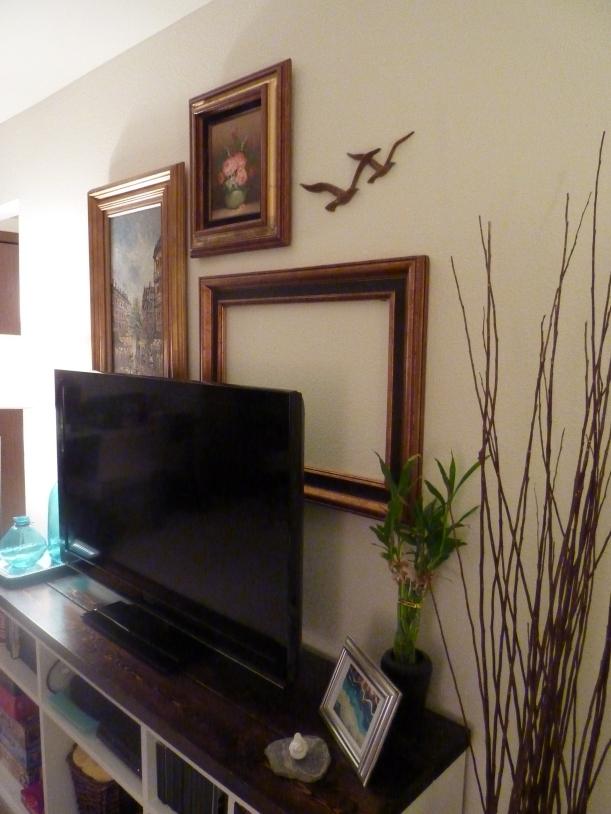fine art gallery wall with birds on it