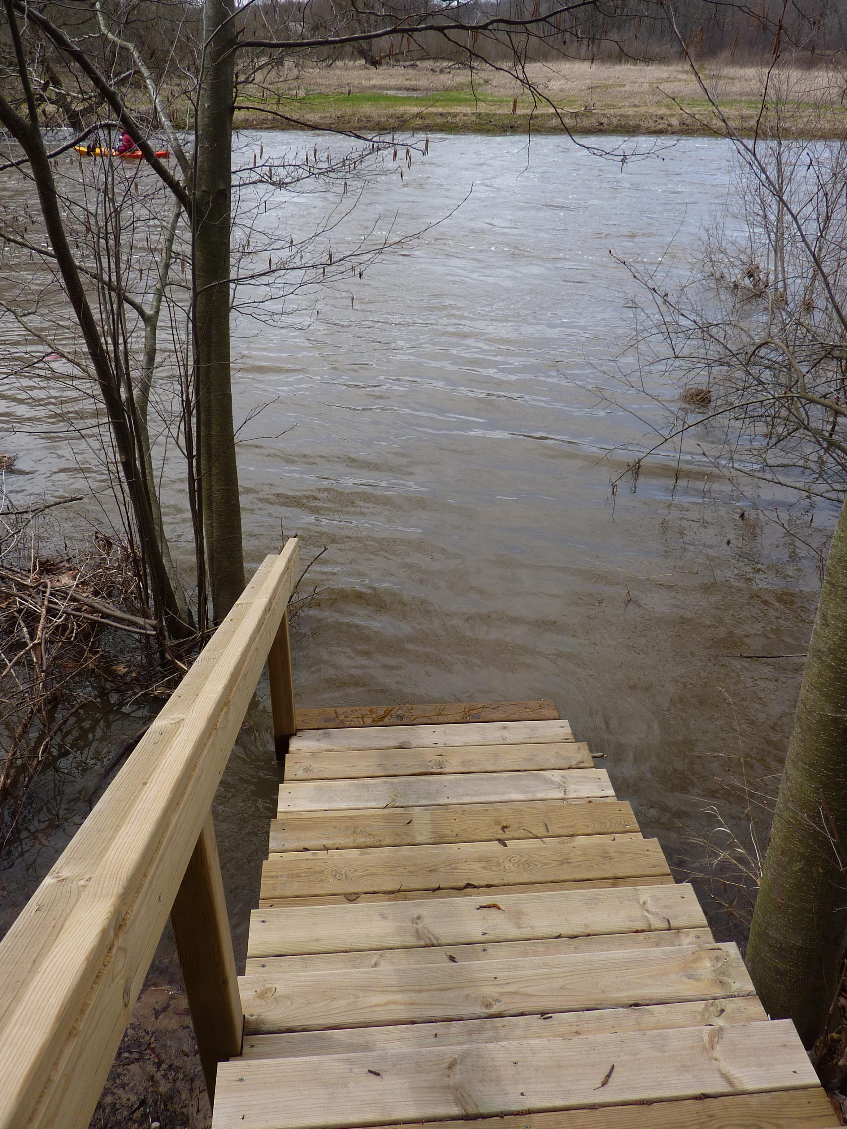 Rogue River Flooding April 20