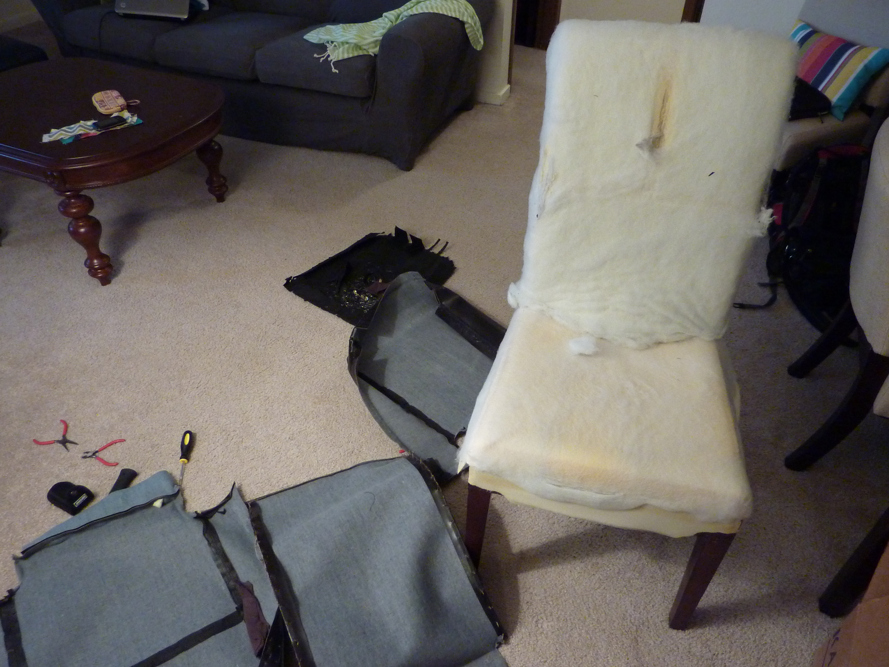 Un Upholstering a Parsons Chair in which I try to imitate