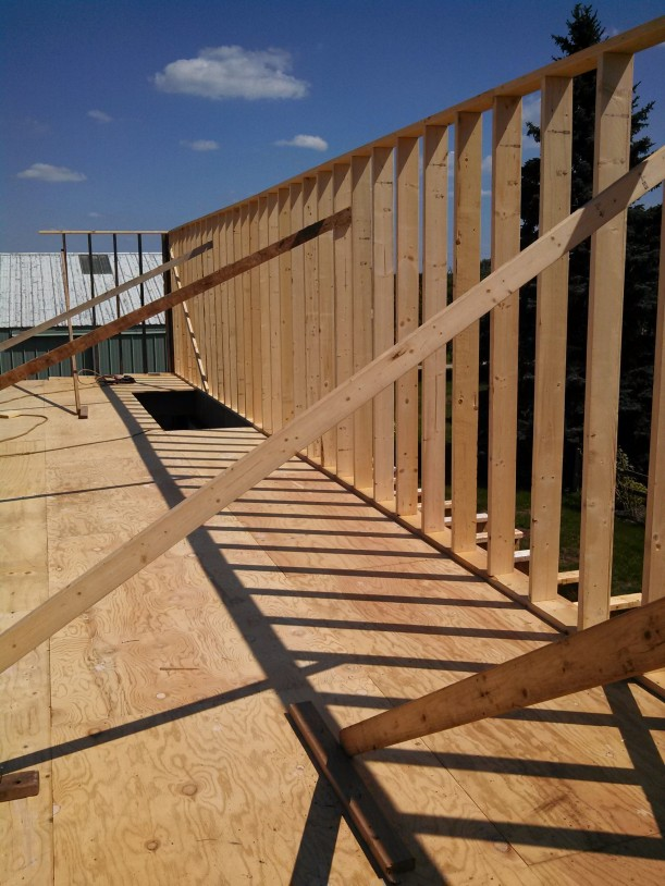 framing exterior walls